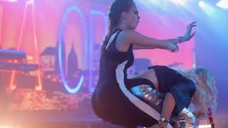 Кара Делевинь Танцует Танцы Cara Delevingne Dancing