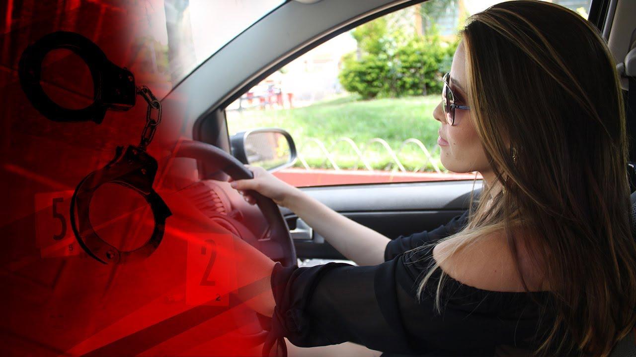 В тріску п'яна жінка в компанії нового коханця автівкою переїхала свого колишнього?