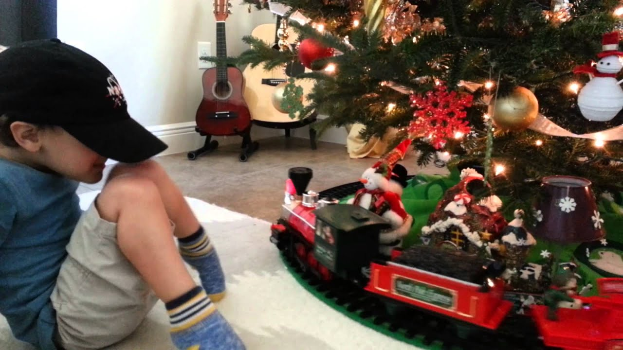 Review North Pole Express Christmas Train by 3 yo - YouTube