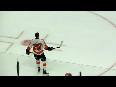 Claude Giroux during pre-game warm-up at the Flyers @ Senators hockey game Part 2