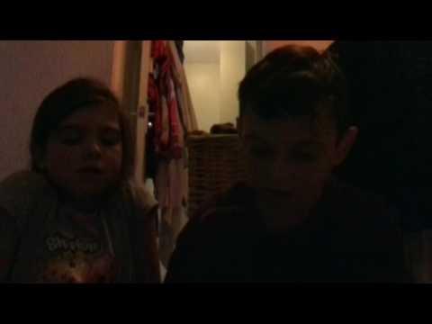 Brother vs sister wet hand slap