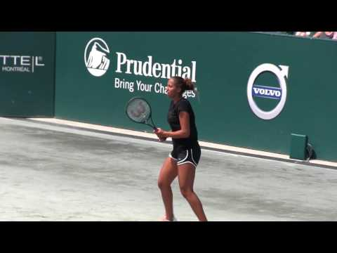 Madison Keys 1st Practice at 2017 Volvo Car Open