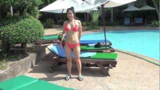 Video Sexy Asian in Bikini by the Pool download MP3, 3GP, MP4, WEBM, AVI, FLV Oktober 2018