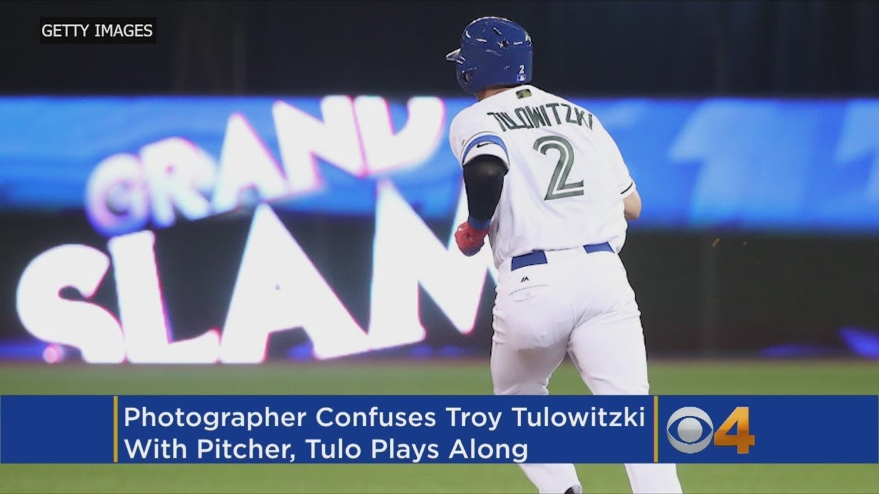Troy Tulowitzki Mistaken For A Pitcher In Spring Training Photo Shoot