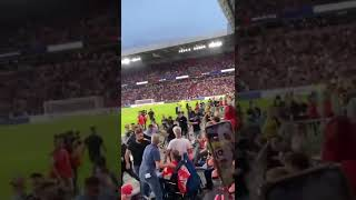 PSV Eindhoven supporters attack Galatasaray fans in the stadium