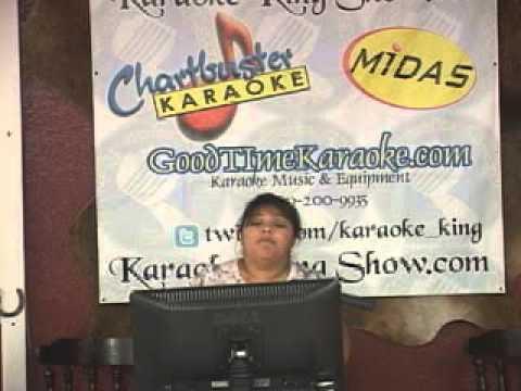 Karaoke King Show LIve Paula