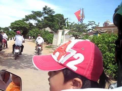 Dua thuyen 2-9 o huyen Le Thuy - tinh Quang Binh