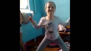 Дочка Хованского пса хулиганского
