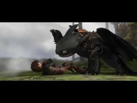 Смешной момент из мультфильма  Как приручить дракона 2 :DD