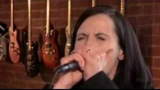 Dolores O'Riordan - Loser @ True Music on HDNet