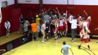 Bryan College student makes 4 amazing basketball shots to win $10,000 thumbnail