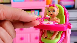 Rotina da manhã tarde e noite de Julinha o Bebê da Barbie