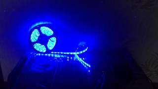 Светодиодная лента 5050 синий цвет свечения с влагозащитой/led strip 5050 blue color ip65(Светодиодная лента 5050, 60 диодов на метр, с влагозащитой IP65, цвет свечения синий. Подключена к контроллеру..., 2014-09-29T05:47:22.000Z)