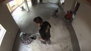 Het storten van een woonbeton vloer