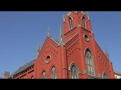 The  Transept,  Cincinnati,  Ohio