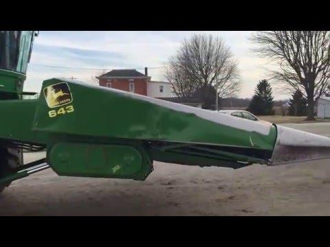 John Deere 643 Corn Head Premier Equipment World Auction April 13th 2016