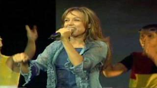 FEY Me Enamoro De Ti(Tour ECDLS) HQ 16:9 sin intro, sin logos