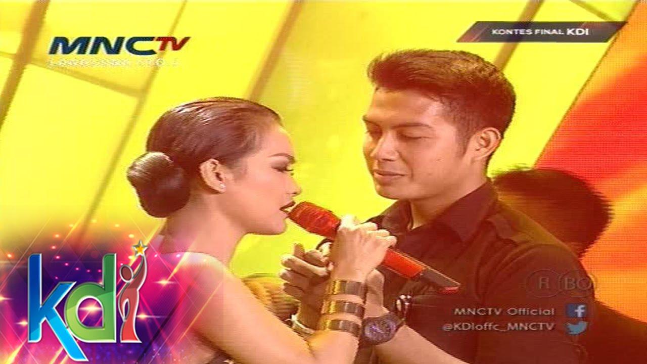 "Download Julia Perez feat Mukhlis "" Aku Mah Gitu Orangnya "" - Kontes Final KDI 2015 (7/5)"