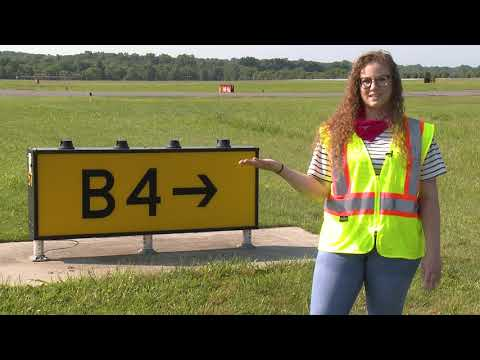 Airport Stuff You Should Know Episode 2 - Taxiways