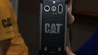 Cat rolls out its rough and rugged B100 cell phone at CES 2014