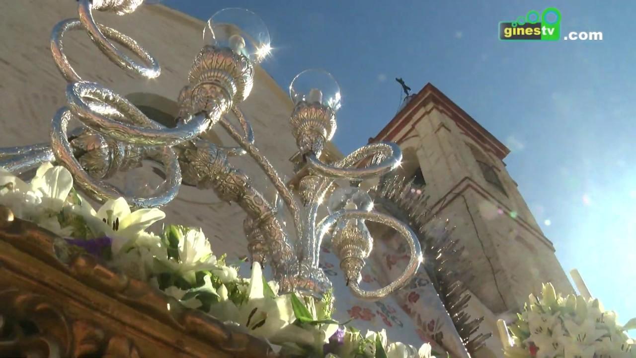 La Patrona de Gines recorrió las calles más céntricas de la localidad con motivo de la Candelaria
