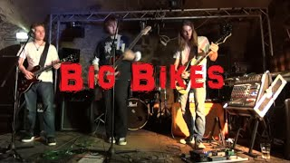 Video Big Bikes - The Brazen Bulls download MP3, 3GP, MP4, WEBM, AVI, FLV Juli 2018