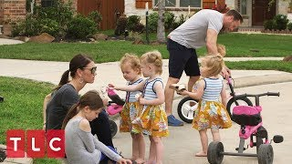 The Quints Don't Want to Share | OutDaughtered
