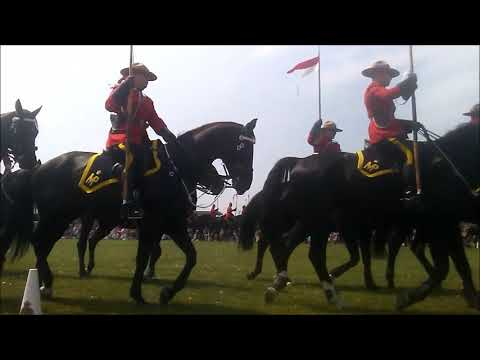 RCMP MUSICAL RIDE SMITHS FALLS