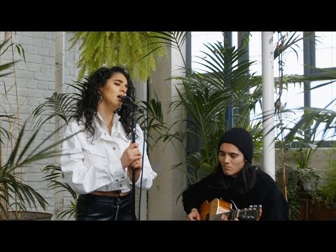 Kara Marni - Trip (Ella Mai Acoustic Cover)