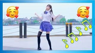 chica kawaii bailando tik tok  ❤❤❤ Dancing a kawaii tik tok song