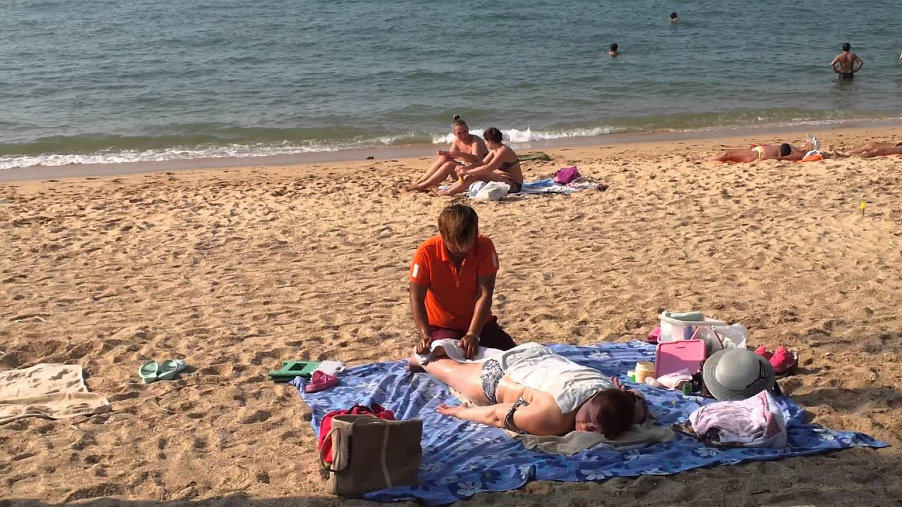 смотреть видео массаж вна пляже