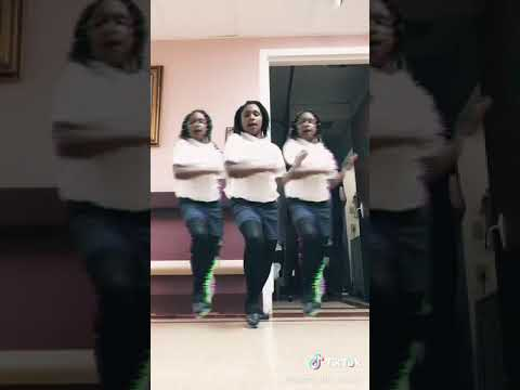 The Dance floor Silly - YouTube