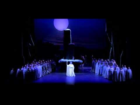 V. Bellini - NORMA - Norma Viene - Lu Jia, Coro Lirico Siciliano