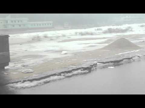 North Korea border crossing by train at Dandong / Sinuiju