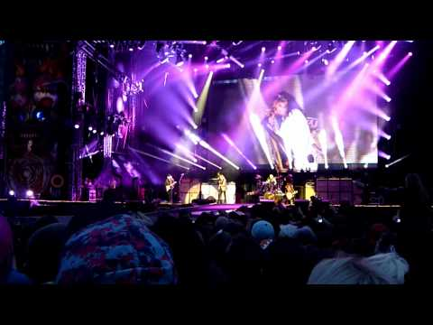 Aerosmith - Cryin' (Live - Download Festival, Donington 2014) Crying