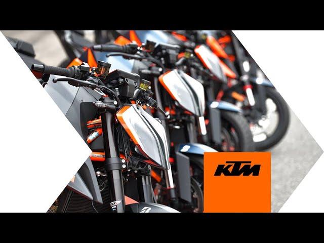 LANZAMIENTO INTERNACIONAL DE LA NUEVA KTM 1290 DUKE R