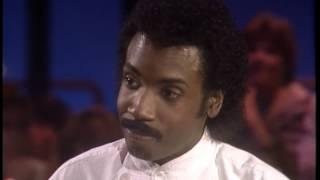 Dick Clark Interviews Bobby Nunn - American Bandstand 1982