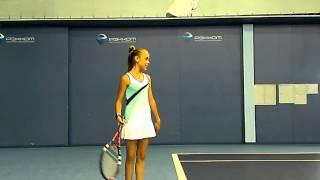 Занятие по теннису