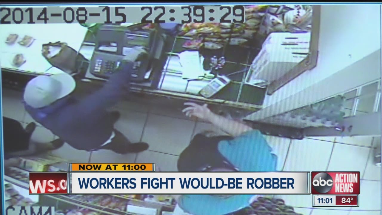 Pizzeria employees turn table on would-be robber