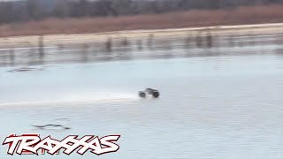 Traxxas E-Maxx Brushless Edition Hydroplanes Across a Lake