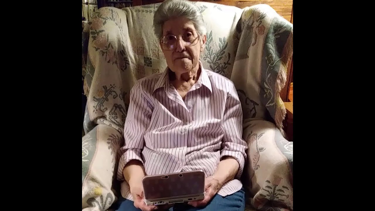 87-Year-Old Grandma Shows Her 3500 Hour Animal Crossing -9952