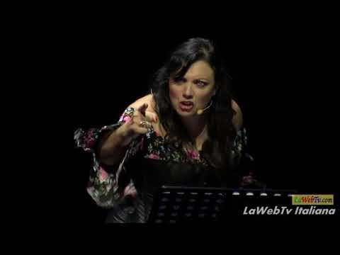 Nadia Natali presenta DeCore