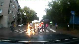 сбили ребенка на пешеходном переходе (Yaplakal / jokingly)