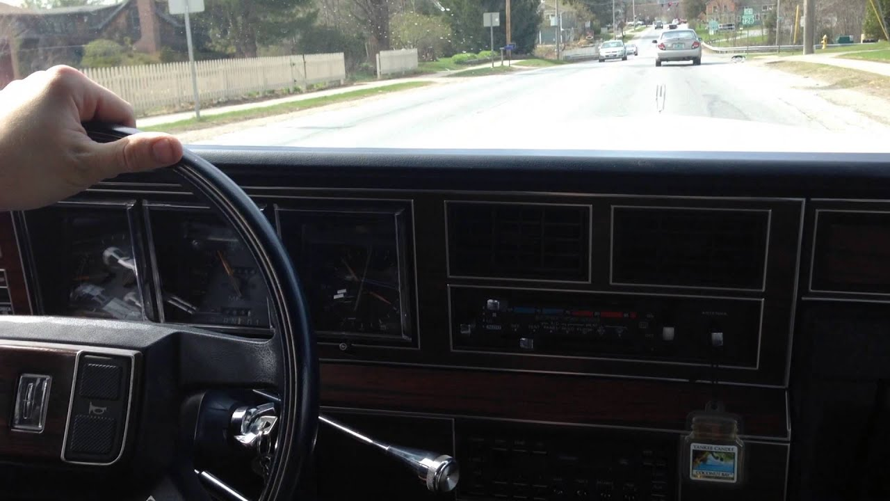 1988 Lincoln Town Car On The Road Youtube