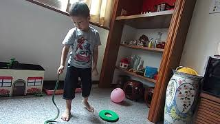 回阿公家玩玩具| kids playground|車子|玩具車|玩具|孩子們的遊樂場|5歲