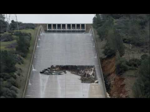 Huge Hole Opens Up at California's Oroville Dam Spillway