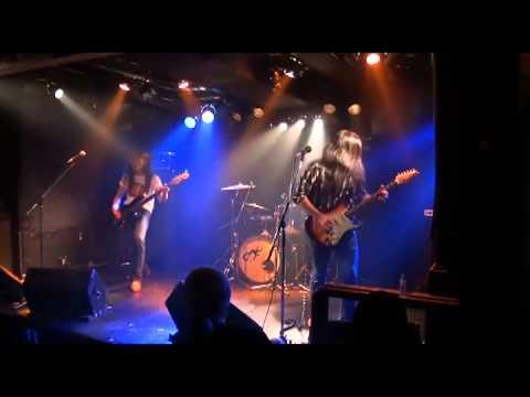 ROUGH JUSTICE - Gunshy (live)