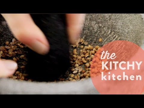 How To Use A Mortar And Pestle // 10 Second Living