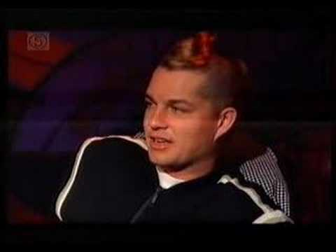 2002 Interview with No Doubt - In the United Kingdom