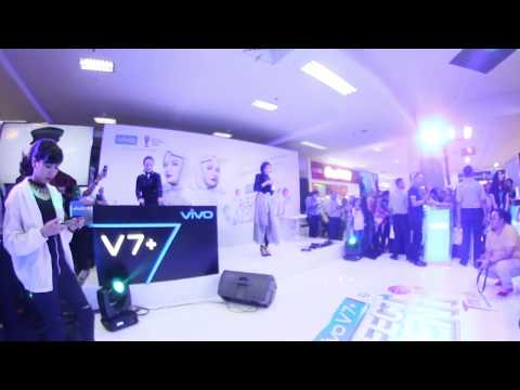 Frozen ( Just You & Me) Live Session Zaskia Sungkar & Delizious Devina @PGC Mall